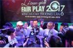 Tặng lại tiền thưởng Fair Play cho nữ đồng nghiệp, Văn Toàn nói gì?