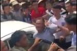 Dân vây bắt, đòi đánh hai người Trung Quốc nghi thôi miên cướp tài sản: Thông tin mới nhất
