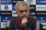 Thắng Everton, Mourinho mỉa mai huyền thoại MU chỉ giỏi nói mồm