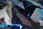 Clip: Khoảnh khắc xe tải lao như tên bắn, gây tai nạn 5 người chết ở Lâm Đồng