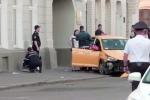 Video: Xe lao vào cổ động viên World Cup ở Matxcơva, 8 người thương vong
