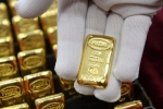 Giá vàng hôm nay 17/6: USD lên đỉnh, vàng ngậm ngùi xuống dốc