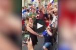 Video: Tranh thủ ăn mừng vô địch để cầu hôn, CĐV Pháp bị từ chối phũ phàng