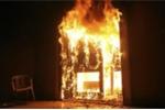 Chết cháy vì tạt xăng đốt nhà người tình