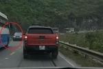 Clip: Lấn làn trên đèo hẹp, xe khách bị tài xế Range Rover dạy bài học nhớ đời