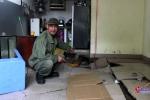 Nền nhà sụt lún, nổ như bom ở Hà Nội