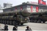 Video: Triều Tiên duyệt binh rầm rộ với dàn tên lửa đạn đạo xuyên lục địa
