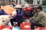Video: Nổ bỏng ngô giữa lòng Hà Nội kiếm nửa triệu mỗi ngày