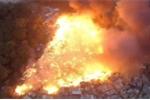 Khu ổ chuột ở Brazil chìm trong biển lửa như tận thế