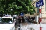 Hà Nội: Bức xúc với giá trông xe ôtô 'cắt cổ' trên phố