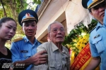 Bố phi công Trần Quang Khải: 'Bây giờ Khải mãi mãi là của bầu trời rồi'