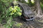 Chiếc Mercedes-Benz C300 bí ẩn nằm dưới lòng sông 3 tháng