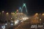Lý do Hà Nội cấm khách bộ hành qua cầu Nhật Tân