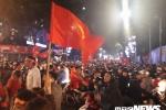 Hàng ngàn người đổ ra đường mừng U23 Việt Nam vào bán kết U23 châu Á 2018