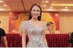 Hoa hậu Phan Thu Quyên diện váy khoét ngực gợi cảm