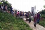 Cổng trường đổ sập, trụ cột đè chết một học sinh tiểu học