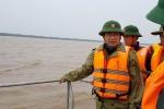 Phó Thủ tướng Trịnh Đình Dũng thị sát vùng tâm bão số 16 đổ bộ