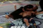 3 giây ăn liên hoàn trỏ vỡ mặt, võ sỹ MMA bất tỉnh nhân sự
