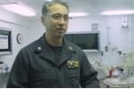 Nha sĩ gốc Việt trên tàu sân bay Mỹ USS Carl Vinson là ai?