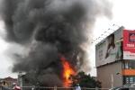 Video: Nhân chứng kể lại khoảnh khắc bắc thang cứu 6 người trong vụ cháy ở Hà Nội