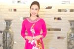 Nữ hoàng Kim Chi rạng rỡ trong tà áo dài truyền thống