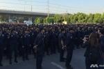 Hàng nghìn cảnh sát vây bắt sư trụ trì bị tố tham nhũng ở Bangkok