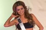 Mặc bikini quá hở hang, Hoa hậu Iraq bị họ hàng dọa giết