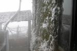 Nhiệt độ xuống -1,4°C, đỉnh Mẫu Sơn phủ trắng băng tuyết