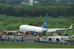 Nỗ lực hạ cánh trong mưa giông, máy bay Trung Quốc chở 165 người trượt khỏi đường băng