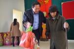 Người nghèo ở Quảng Bình xúc động nhận quà Tết từ Bộ trưởng Trương Minh Tuấn