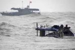 Điều thợ lặn tìm kiếm 5 thuyền viên mất tích ở Quảng Bình