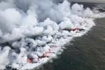 Núi lửa phun trào, 'bom' nham thạch xuyên thủng tàu du lịch làm 23 người bị thương