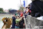 Đội hát quan họ ngả nón xin tiền ở hội Lim bị dừng hoạt động