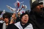 2.000 người biểu tình ủng hộ nữ tổng thống Hàn bị phế truất