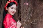 Nữ sinh duyên dáng của ĐH Văn hóa Nghệ thuật Quân đội rạng rỡ trong áo dài đón Tết