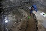 Bên trong tháp đầu lâu bí ẩn, xây từ hàng trăm sọ người ở Mexico