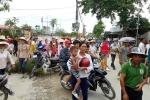 Dân tuần hành phản đối sáp nhập trường: Lãnh đạo Thanh Hóa nói gì?
