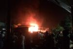 Video: Đang cháy cực lớn cây xăng ở Đắk Lắk