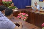 Phóng viên VTC News bị nhân viên bảo vệ bãi rác Khánh Sơn tấn công