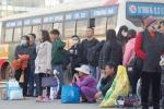 Gần 100 xe khách bến xe Mỹ Đình bỏ chuyến: Khách 'khóc ròng' kể khổ