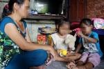 2 bé gái sinh đôi bị hàng xóm xâm hại: Khởi tố vụ án