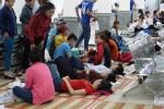 Ngộ độc sau bữa ăn trưa, 105 công nhân tại Bình Dương nhập viện