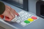 Người dùng làm gì để không bị mất tiền trong tài khoản ATM?