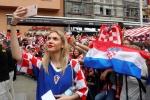 Nhung co nang Croatia xinh dep khan giong voi nguoi hung World Cup hinh anh 7