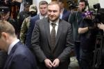 Nghị sỹ Nga bị bắt ngay giữa phiên họp Quốc hội với cáo buộc giết người