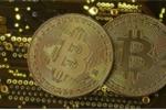 Giá Bitcoin hôm nay 28/11: Không thể tin được, chạm ngưỡng 10.000 USD