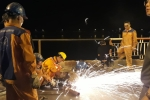 Xe Mercedes lao xuống sông Hồng, 2 người chết: Cầu Chương Dương thiếu an toàn trên làn hỗn hợp