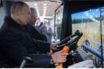 Tổng thống Putin nói sẽ đi lái máy gặt nếu không đắc cử