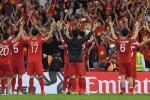 Nghẹt thở qua vòng bảng Asian Cup, cầu thủ Việt Nam ôm nhau vỡ oà hạnh phúc