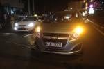 Video: Tài xế taxi Mai Linh lao xe tông người đàn ông sau va chạm giao thông